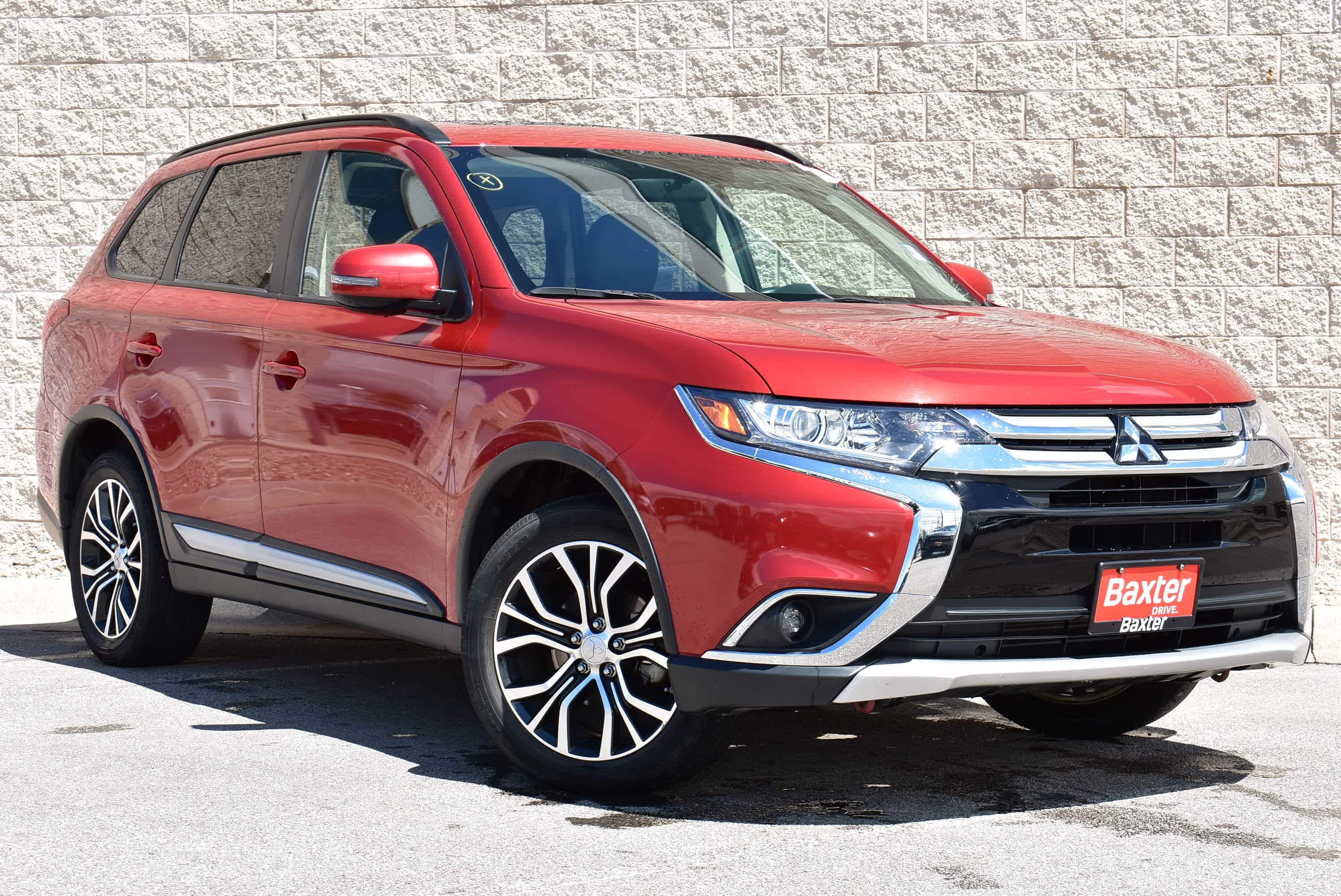 se only sale outlander taxes nb suv biweekly in used htm mitsubishi john for saint touring